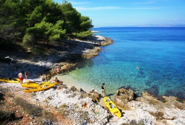 Sea kayaking Island Brač